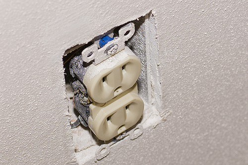 Fixed Outlet