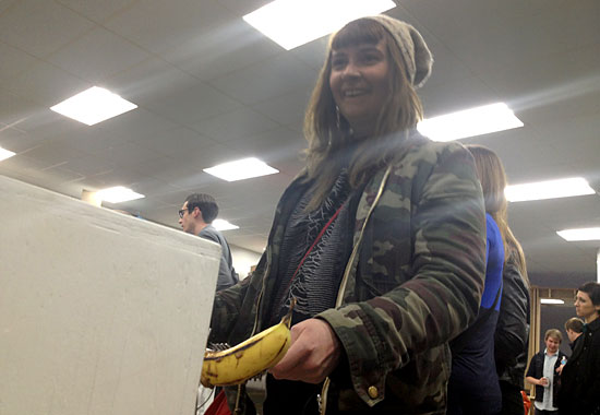 Banana Pong Player