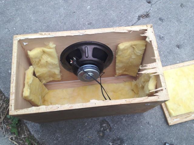 speaker-box-04