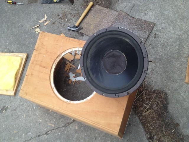 speaker-box-06