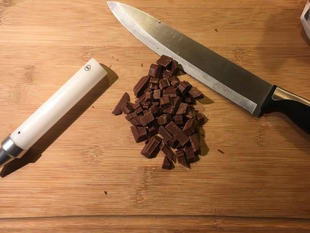 choco-knife
